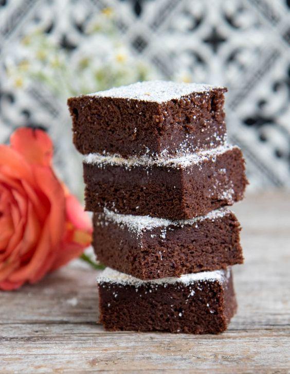 Brownies vegan mit Datteln   - Rezepte -