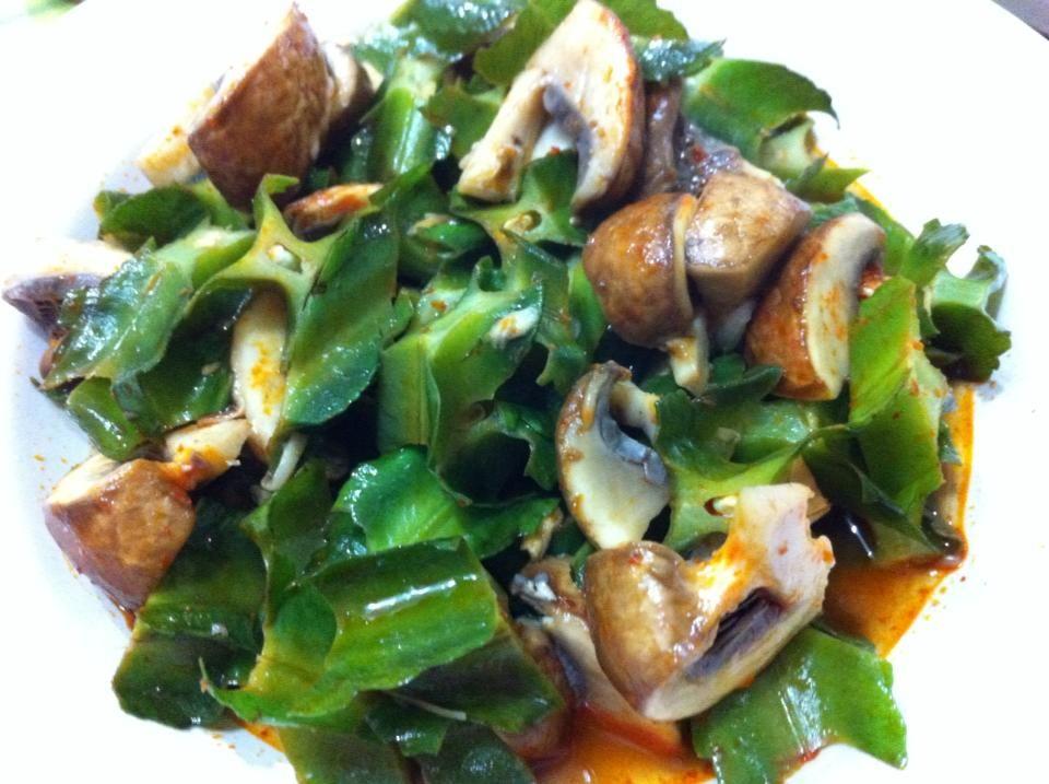 Organic winged beans and portobello mushrooms in Assam