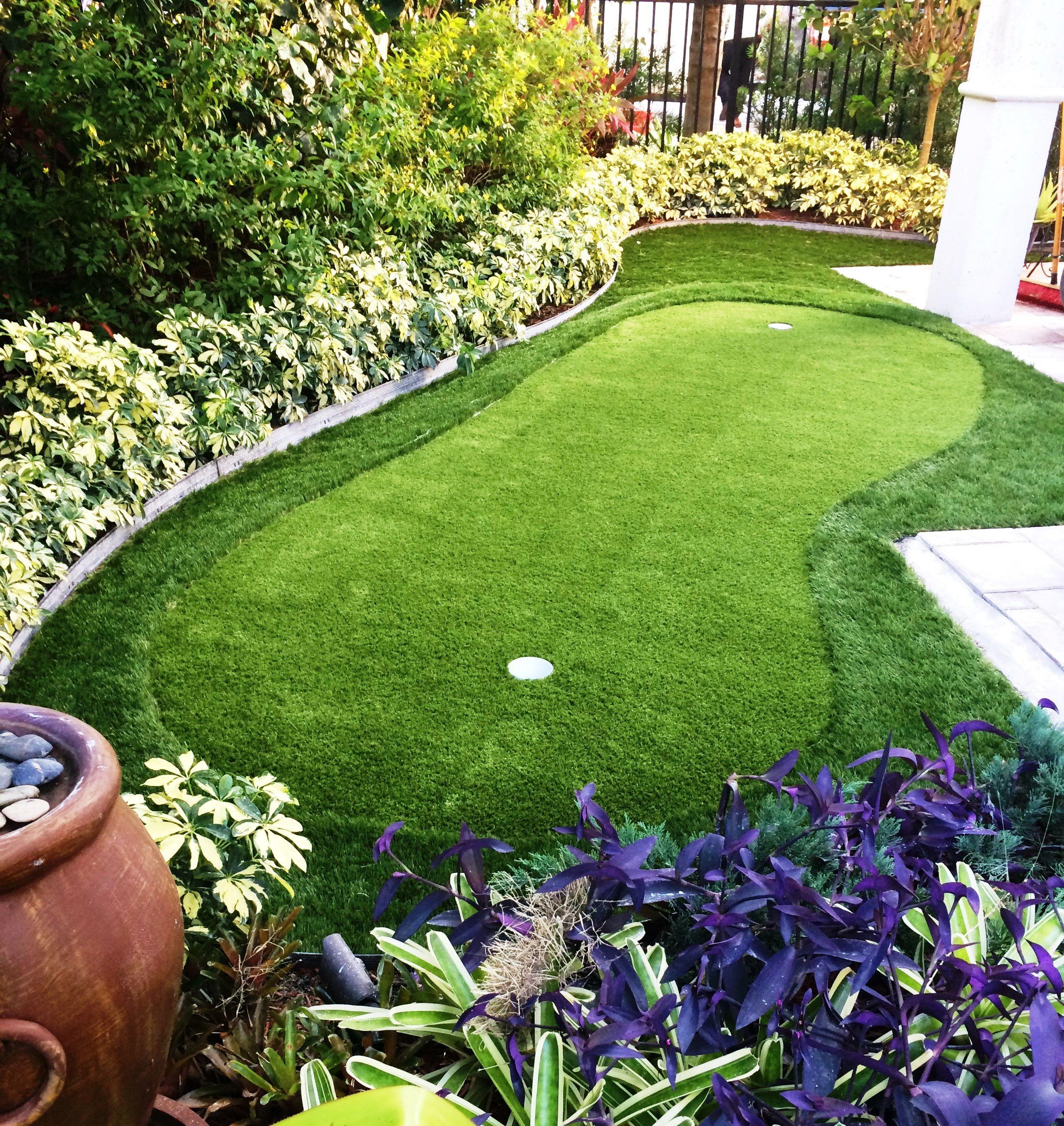Charming Small Yet Beautiful Backyard Putting Green