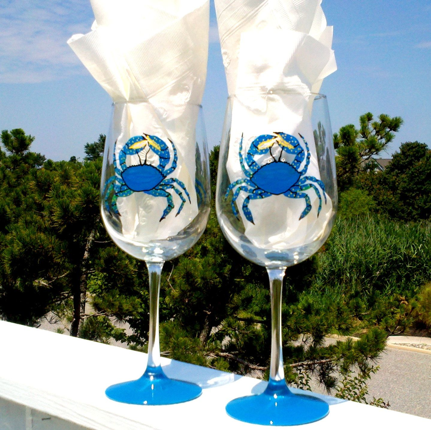 Crab hand painted wine glasses.