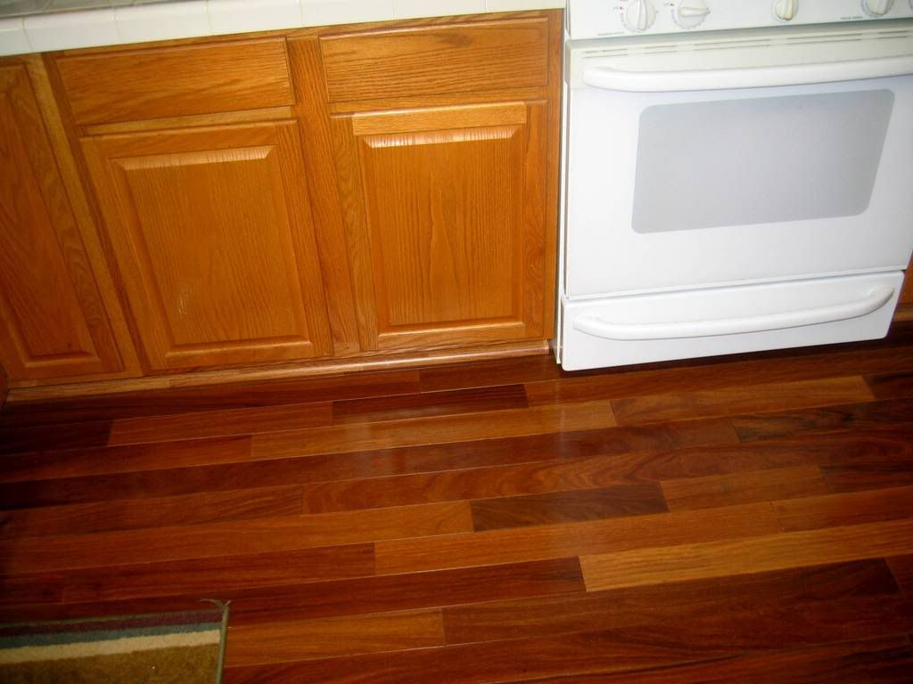 Solid Wood Floor In Kitchen Oak Cabinets And Laminate Flooring Had A Lam Floor Claussen Or