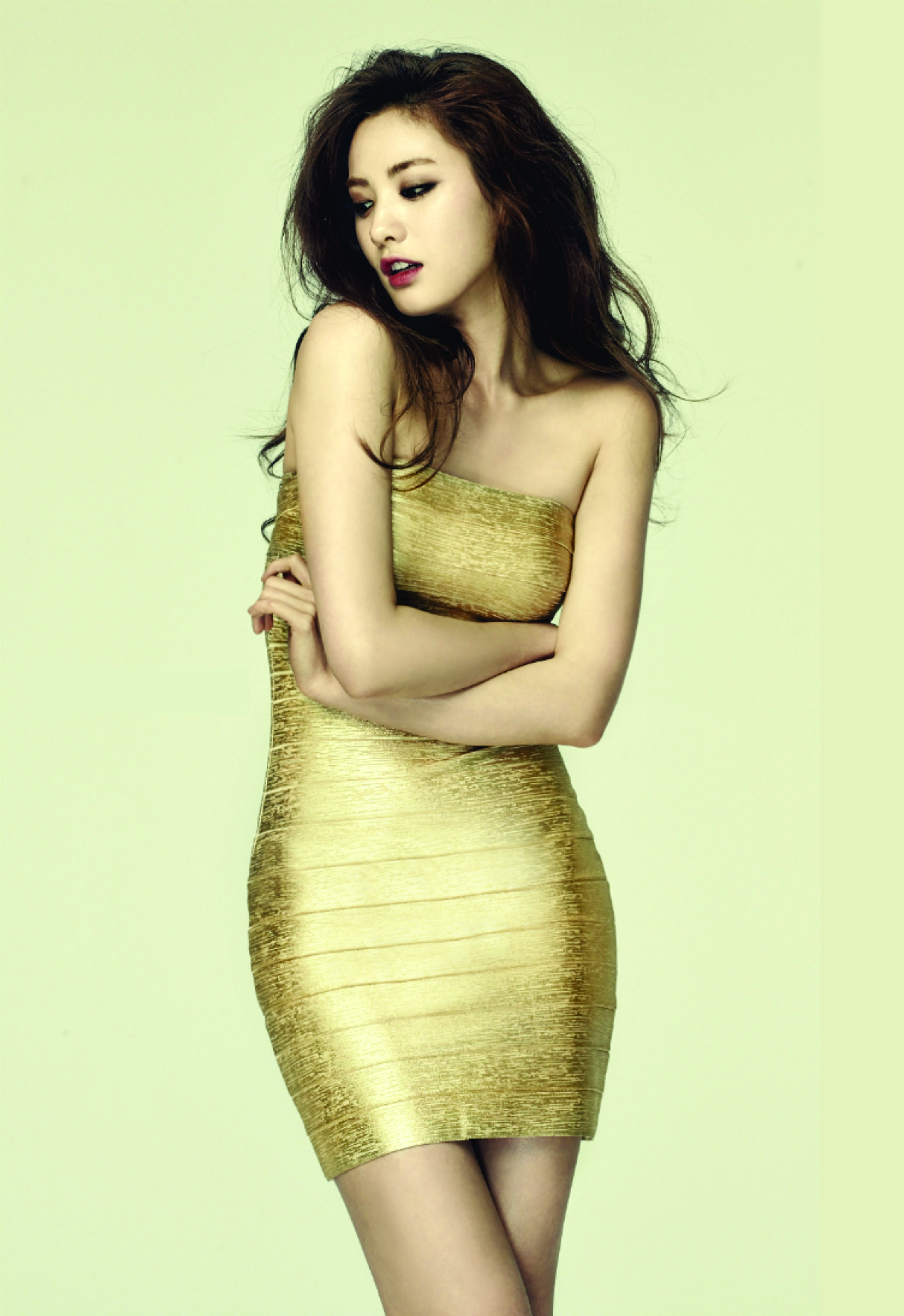 aca8a0b47b Im Jin Ah 2 (Miero   Glamm   Gold Dress) Anyone know video for this photo  shoot