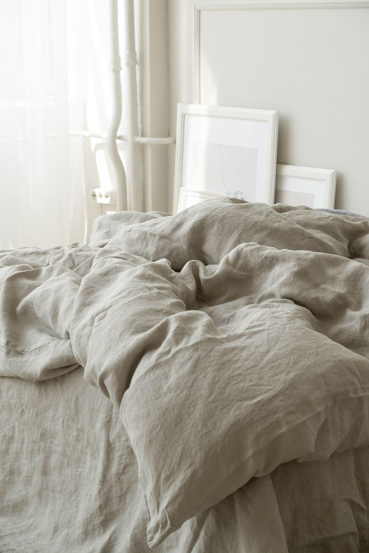 Yanna velvet love seat Armchair bed