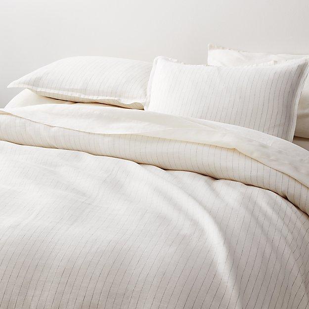 Linen Pinstripe Warm White Full Queen Duvet Cover Reviews Crate And Barrel In 2020 White Duvet Bedding White Duvet Covers White Duvet