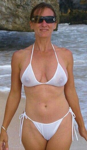 sexy mature bikini