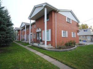 EAST MOUNTAIN TOWNHOUSE NEAR THE MOUNTAIN BROW - Hamilton Homes For