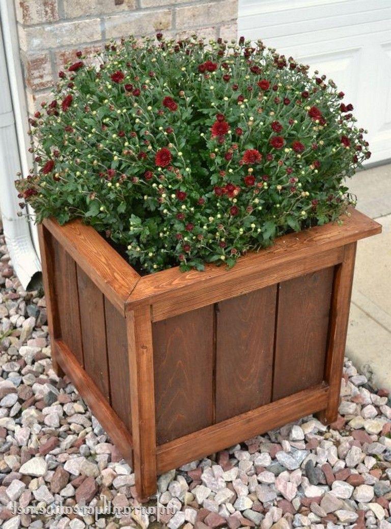 30 Admirable DIY Wood Planter Box Ideas