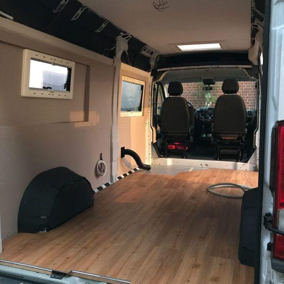 wer tr umt nicht von einem campervan der einfach gut aussieht und noch dazu alles beinhaltet. Black Bedroom Furniture Sets. Home Design Ideas