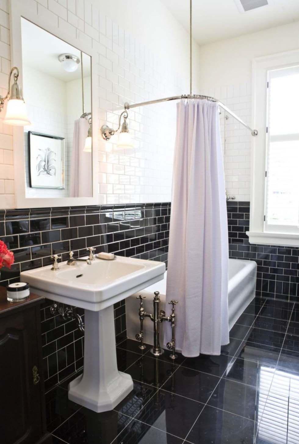25 Incredibly Stylish Black And White Bathroom Ideas To Inspire Bathrooms Wc White Bathroom Tiles White Bathroom Decor Black White Bathrooms