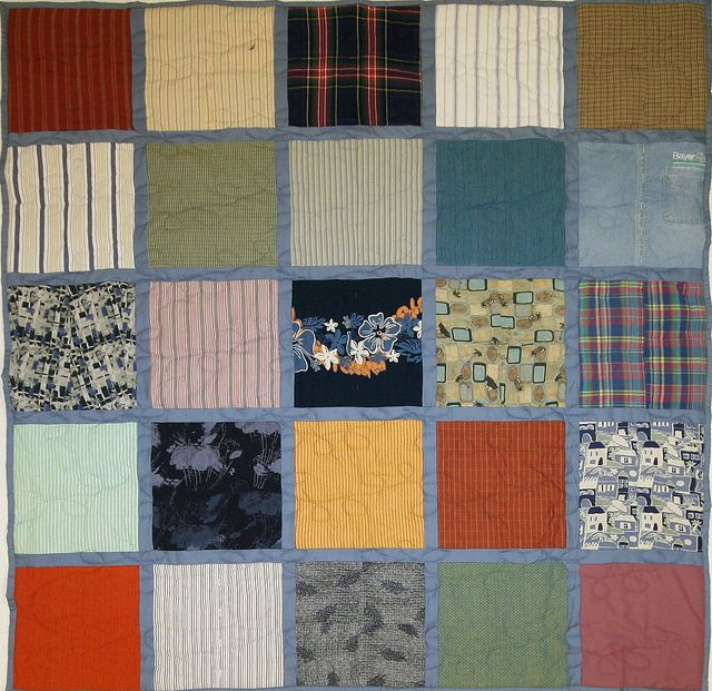 25 Square T Shirt Quilt With Denim Sashing And Backing Mostly Button Ups Instead Of T Shirts Campus Quilt Company Campus Quilt Quilts