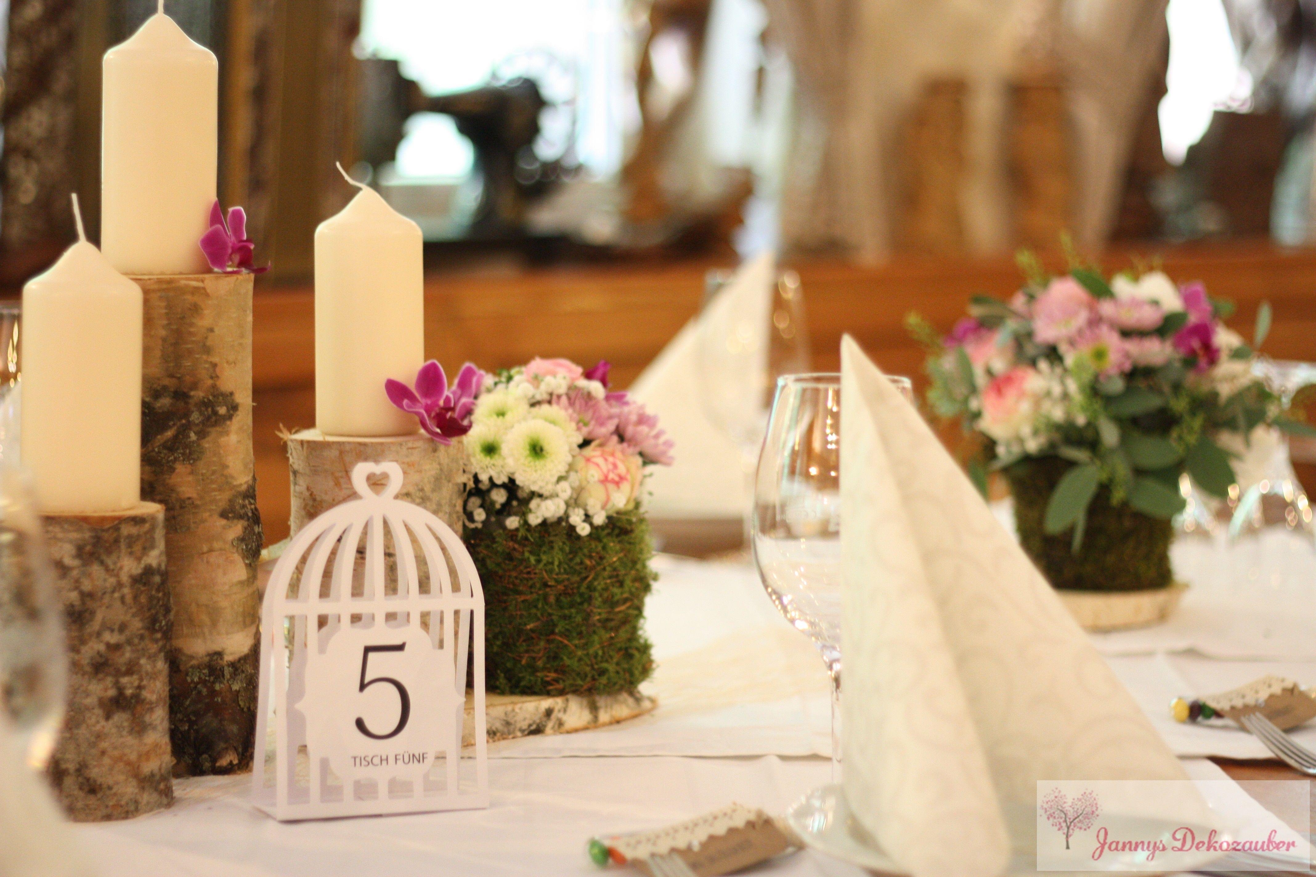 Holzstämme Kerzen Blumen Vintage Hochzeitsdeko Tischdeko Hochzeit Vintage Hochzeit Deko Hochzeitsdekoration Vintage Kerzen