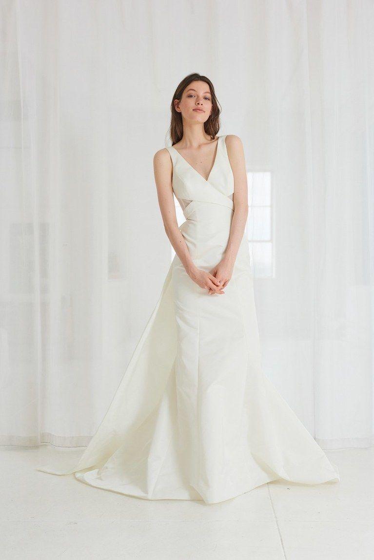 Wedding dress for pear shaped  Wedding Dresses for PearShaped Figures  Vestidos de noiva