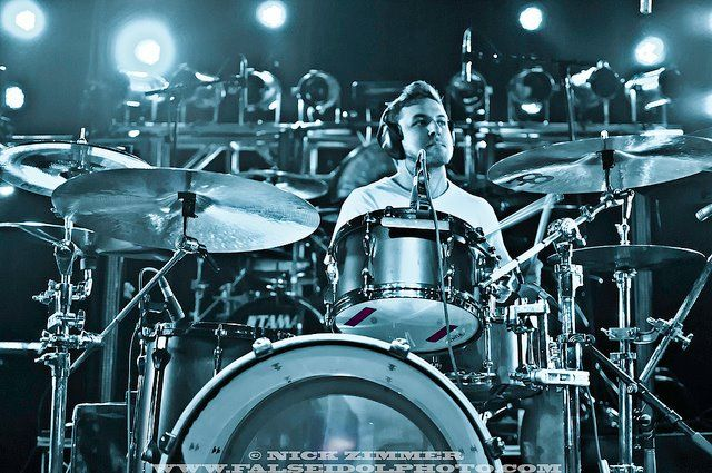 Navene Koperweis Original Drummer Of Animals As Leaders Drummer Drums How To Play Drums
