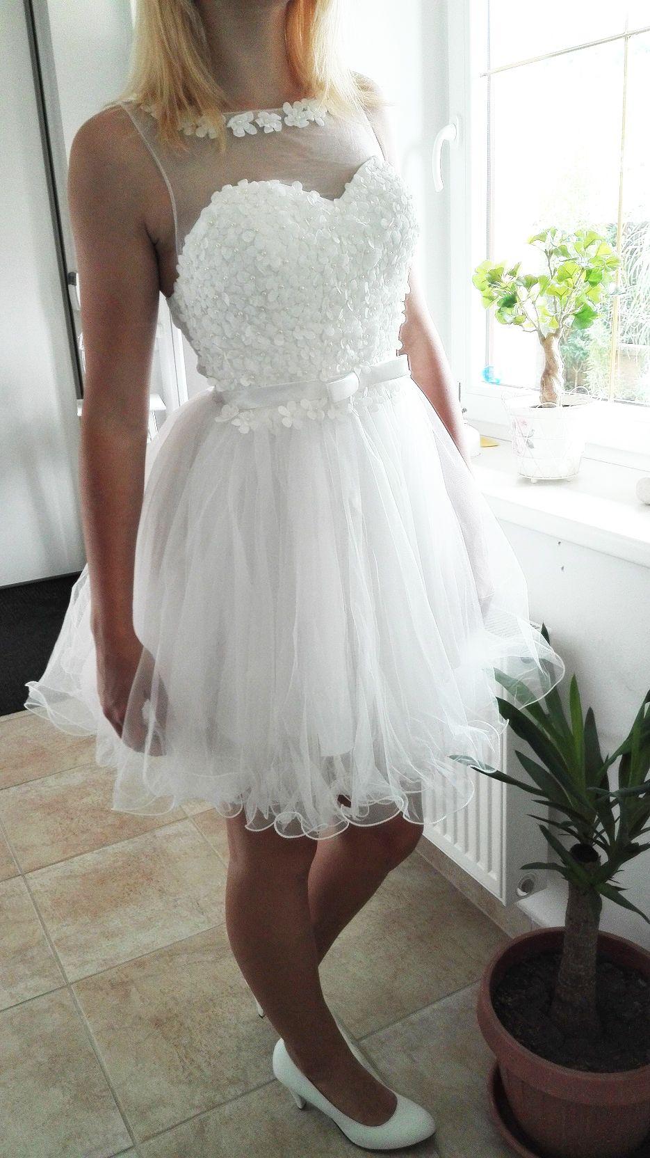 3b3f703b76d Plesové šaty- koktejlky bílé s květinkovým živůtkem
