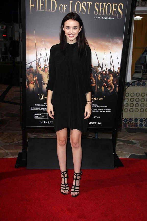 acacia brinley height weight body measurements all