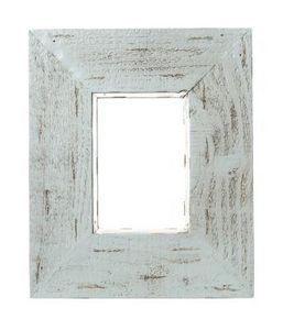 36ea62f8a9e How to Make Picture Frames From Old Fence Panels