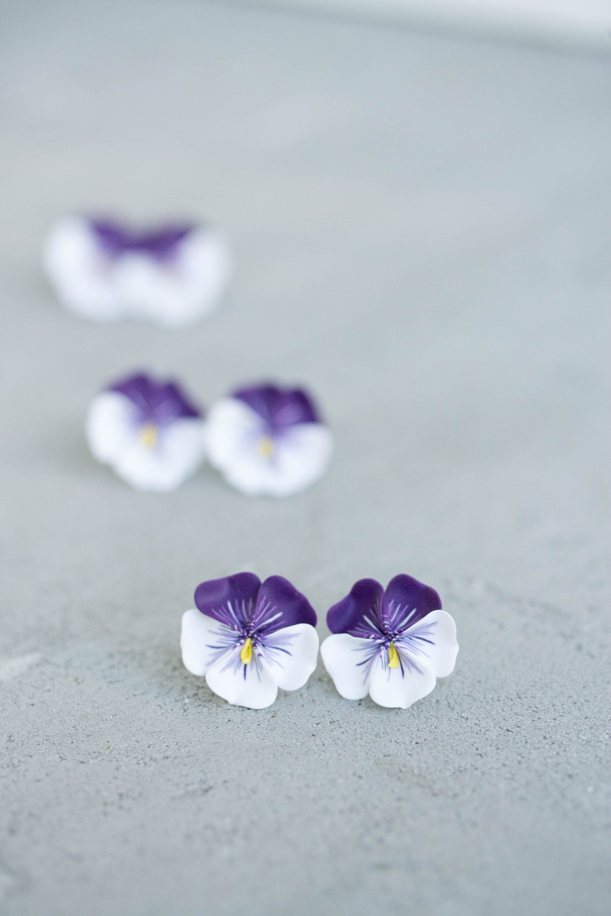 Pansy Earrings Flower Jewelry Clay Earrings Flower Stud Earrings Bridal Earrings Hypoallergenic Studs Bridal Gifts Floral Jewellery Pansies