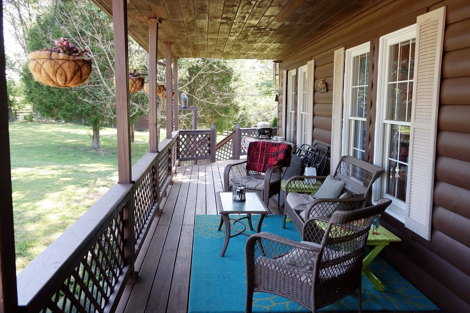 Outdoor Spaces What S The Difference Deck Design Wooden Decks