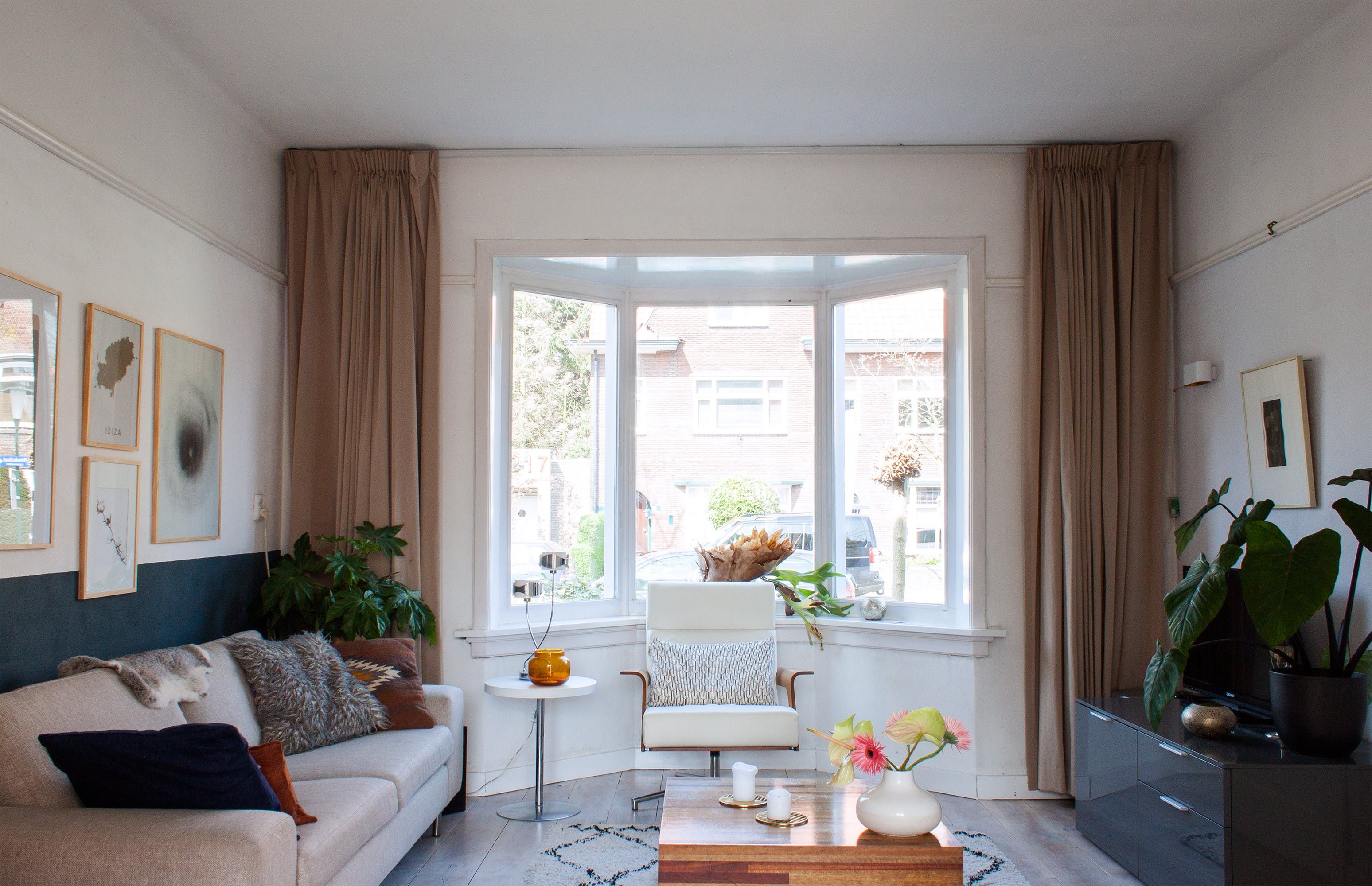 A Longtime Love Affair With A 1930S Home  Window Living Spaces Pleasing 1930S Interior Design Living Room Review
