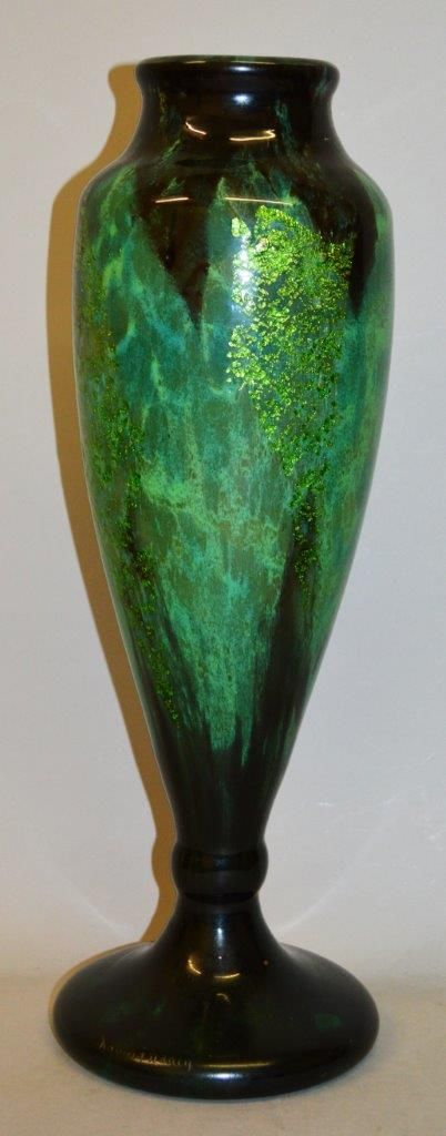 A good Daum Nancy green speckled glass vase, with gilt decoration, signed Daum Nancy. Est. £1,500 – £2,000.