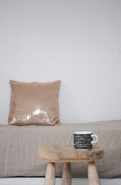 pillow bling