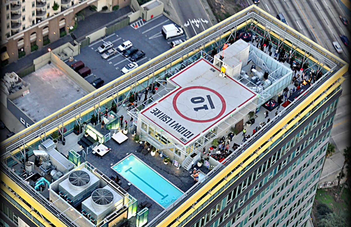 Tenten Wilshire Downtown La Beautiful Rooftop Technology Magazines Electronics Magazine Los Angeles Apartments