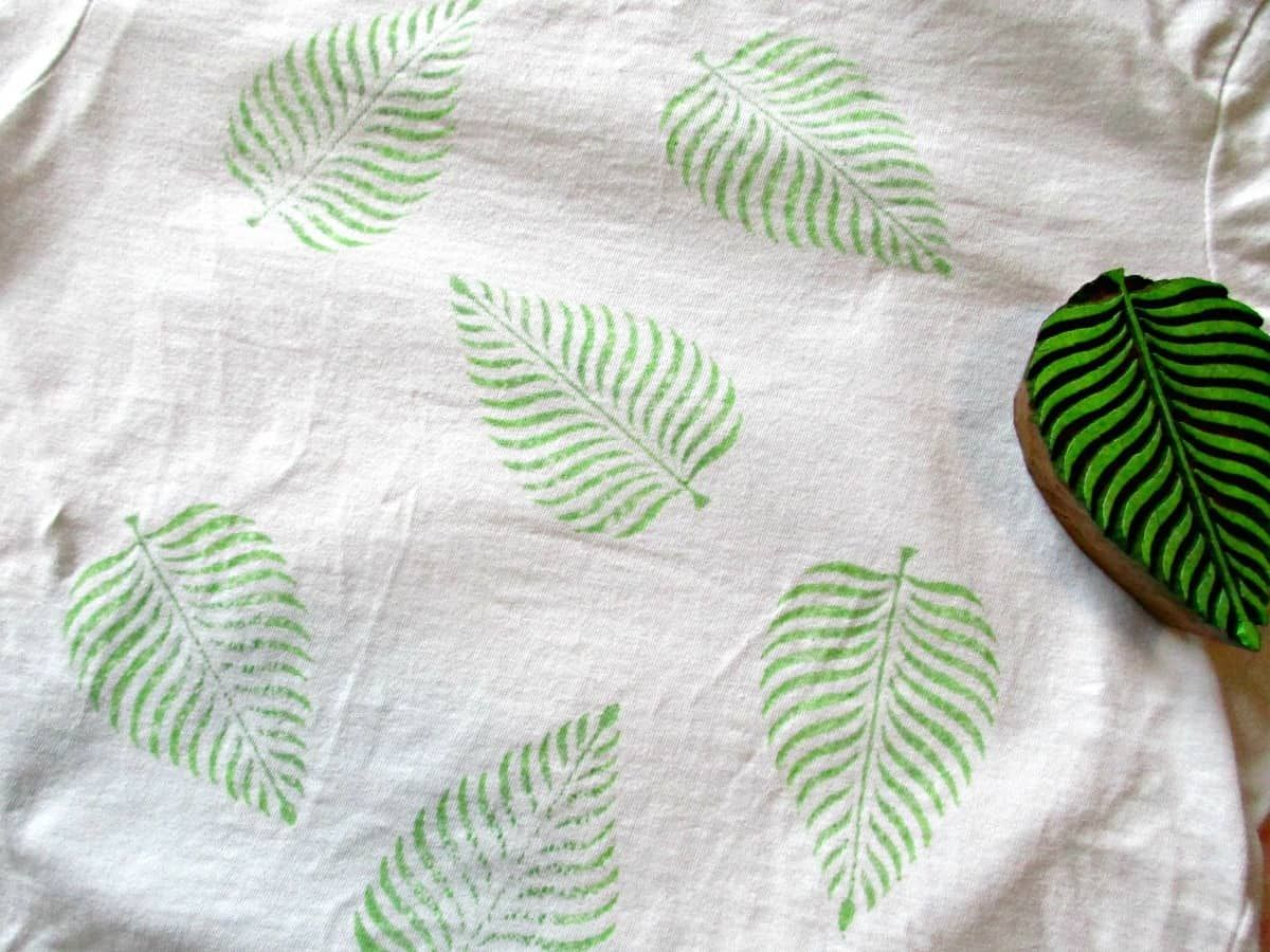 How to make Brilliant DIY Fabric Paint at Home Fabric
