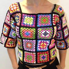 Resultado de imagem para blusas de croche coloridas