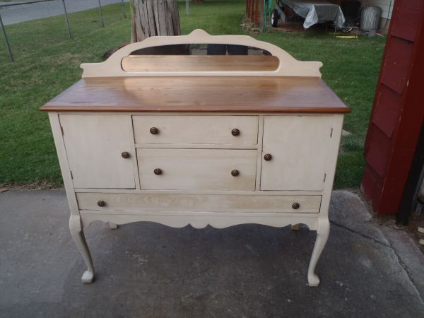 Buffet Cabinet 100 Tulsa Date 2012 06 11 8 04pm Cdt Reply To Dcz3p 3072077604 Sale Craigslist Or Antique Buffet Cabinet Buffet Cabinet Antique Buffet
