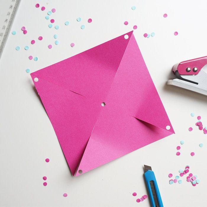 diy un moulin en papier qui tourne communion louis papier le moulin et idee bapteme. Black Bedroom Furniture Sets. Home Design Ideas