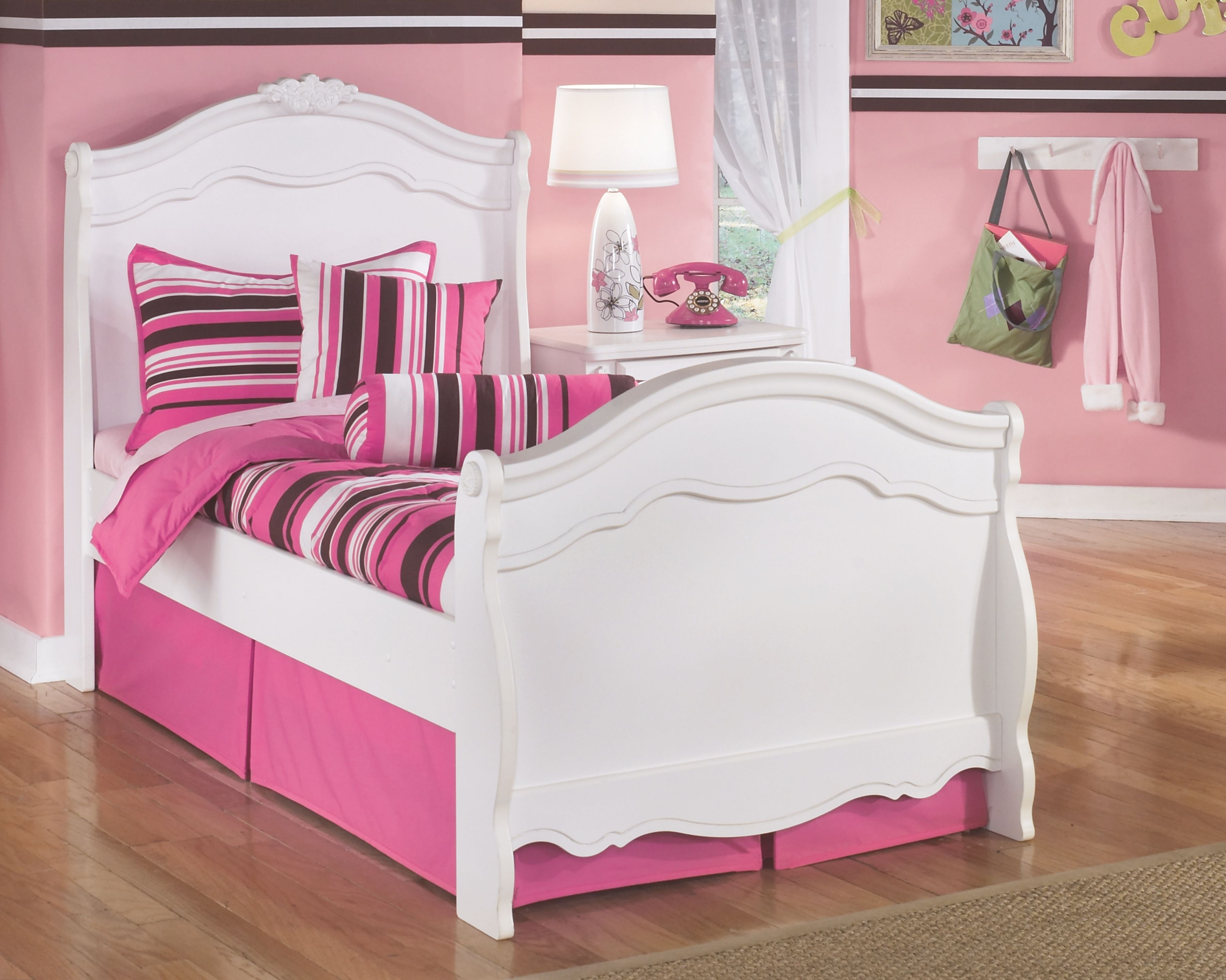Exquisite Twin Sleigh Bed Twin sleigh bed, Ashley furniture