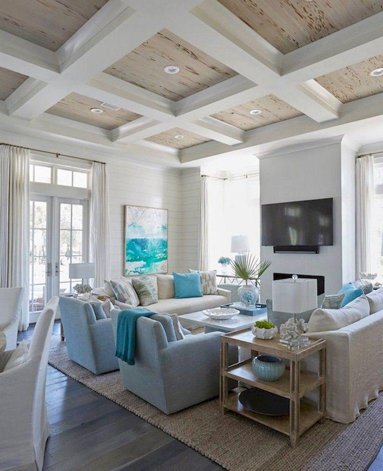 50+ Amazing Lake House Living Room Decor Ideas #coastallivingrooms