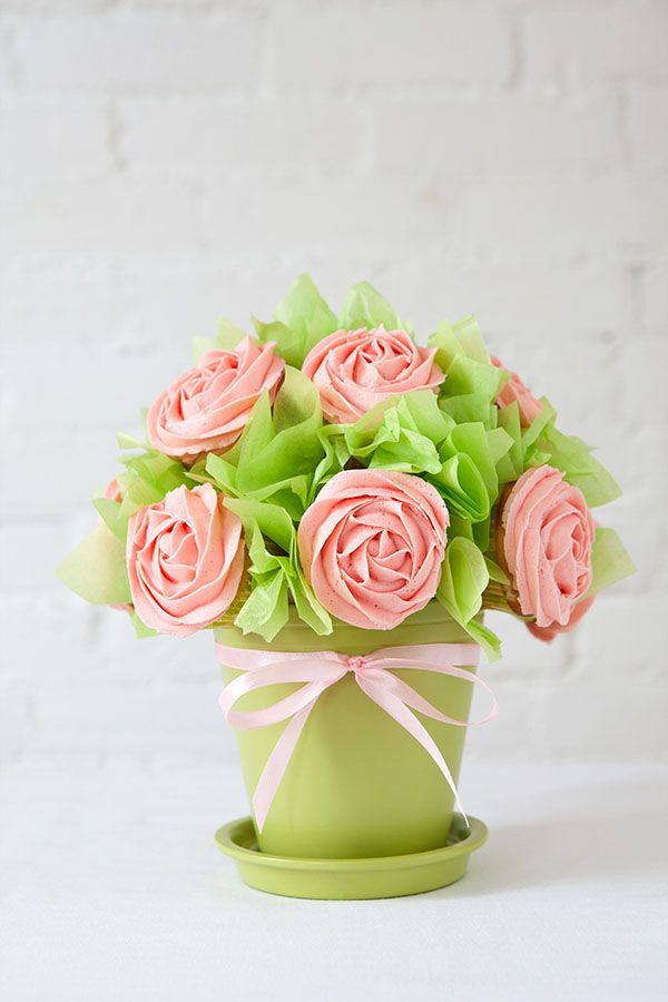 Diy cupcake bouquet mother s day gift ideas pinterest