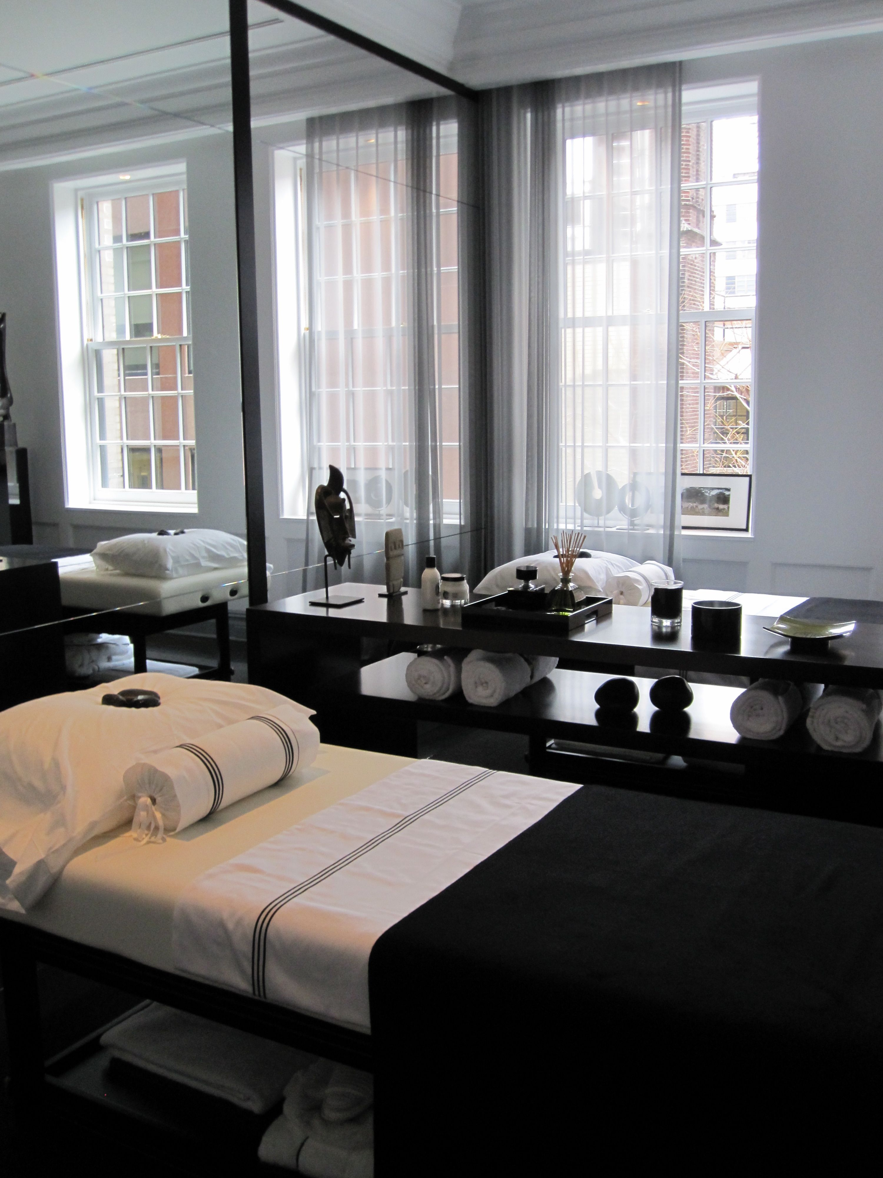 Massage Therapy Room Design Ideas: Black & White Massage Room! Come To Fulcher's Therapeutic