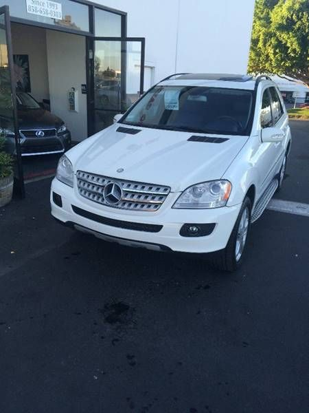 This 2008 MercedesBenz MClass ML350 is listed on