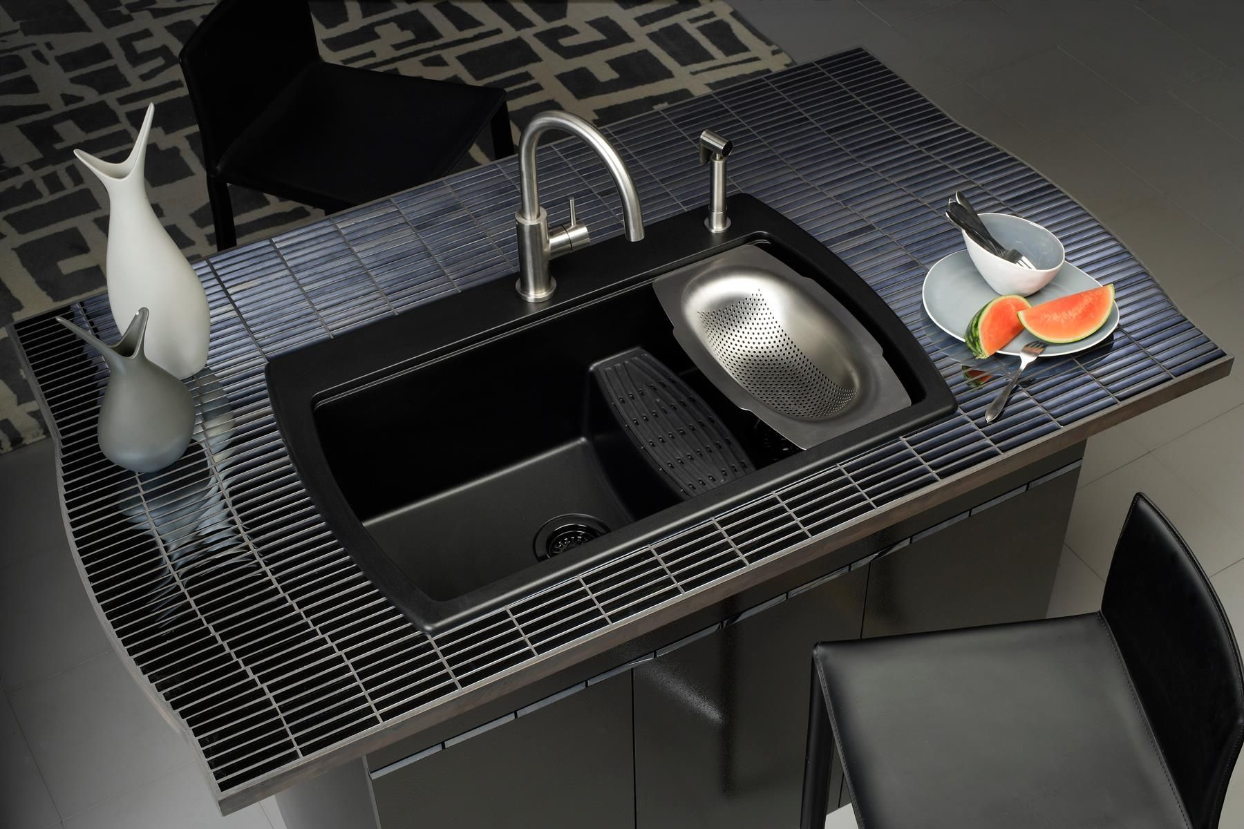Multi-level sinks make washing large pots or cookie sheets easier ...