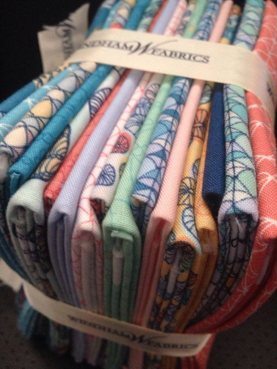 Tidal Lace by Windam Fabrics, 17 fat quarters.