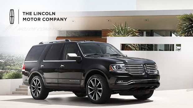 Spacious 2017 Lincoln Navigator With Powerful Ecoboost Twin Turbo