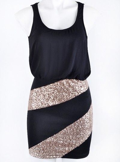 Just throw in some hot pink pumps and it looks like the perf new year's eve outfit to me!!!