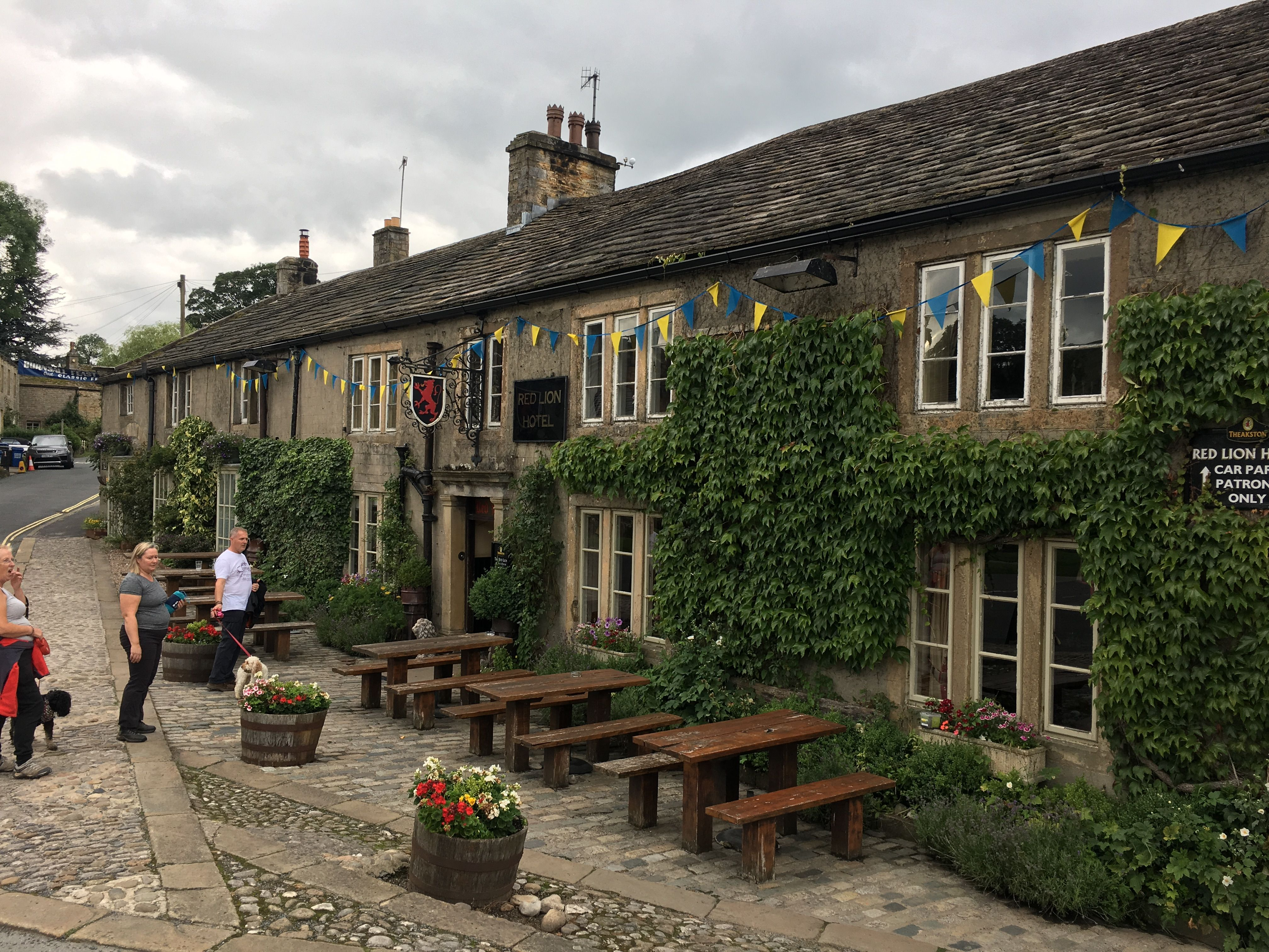 Red Lion Burnsall North Yorkshire British pub, Places to