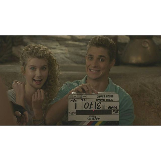 Mako Mermaids - Behind the scenes in Season 2 with Isabel and Alex