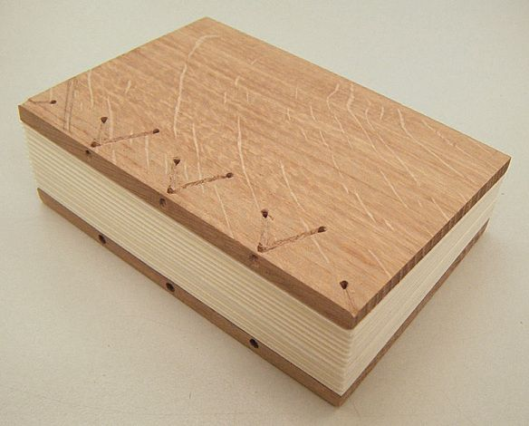 [PDF] The Archaeology of Medieval Bookbinding