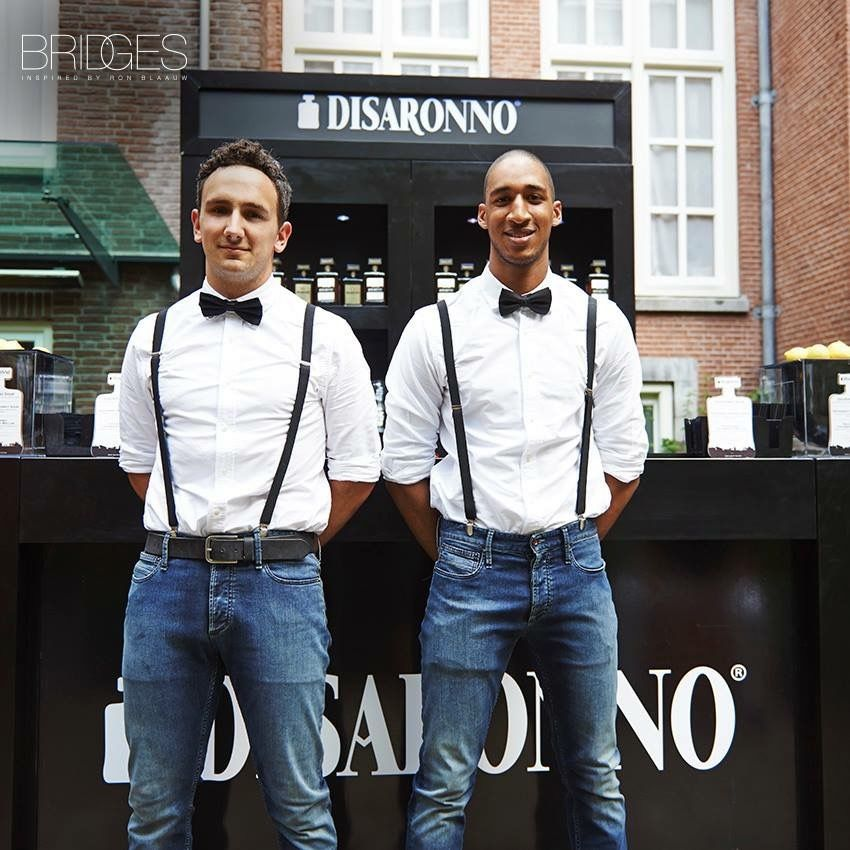 Horeca kleding bij Restaurant Bridges via Disaronno