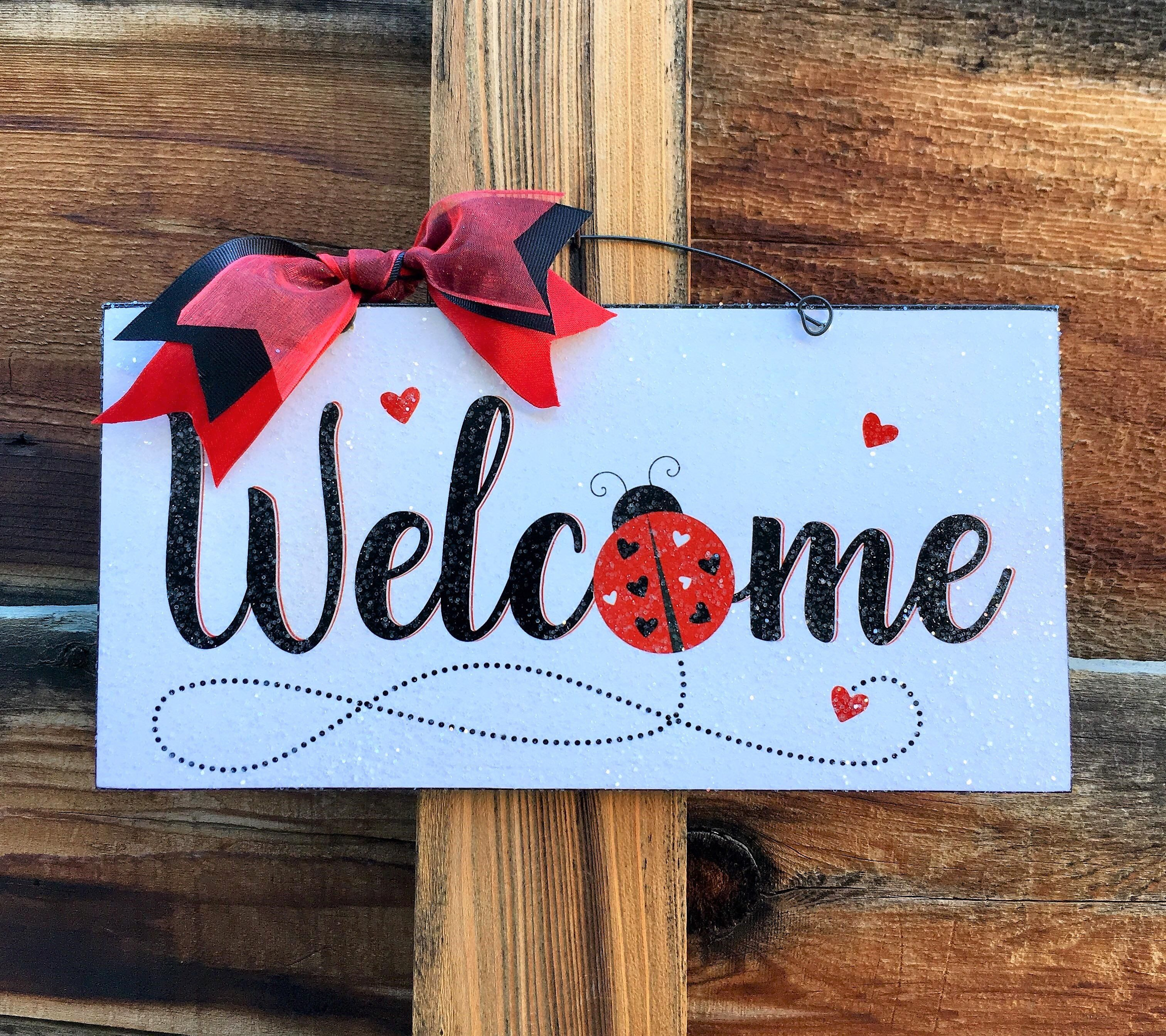 Welcome Ladybug With Hearts Sign Ladybug Decorations Wood Heart Sign Diy Wood Signs