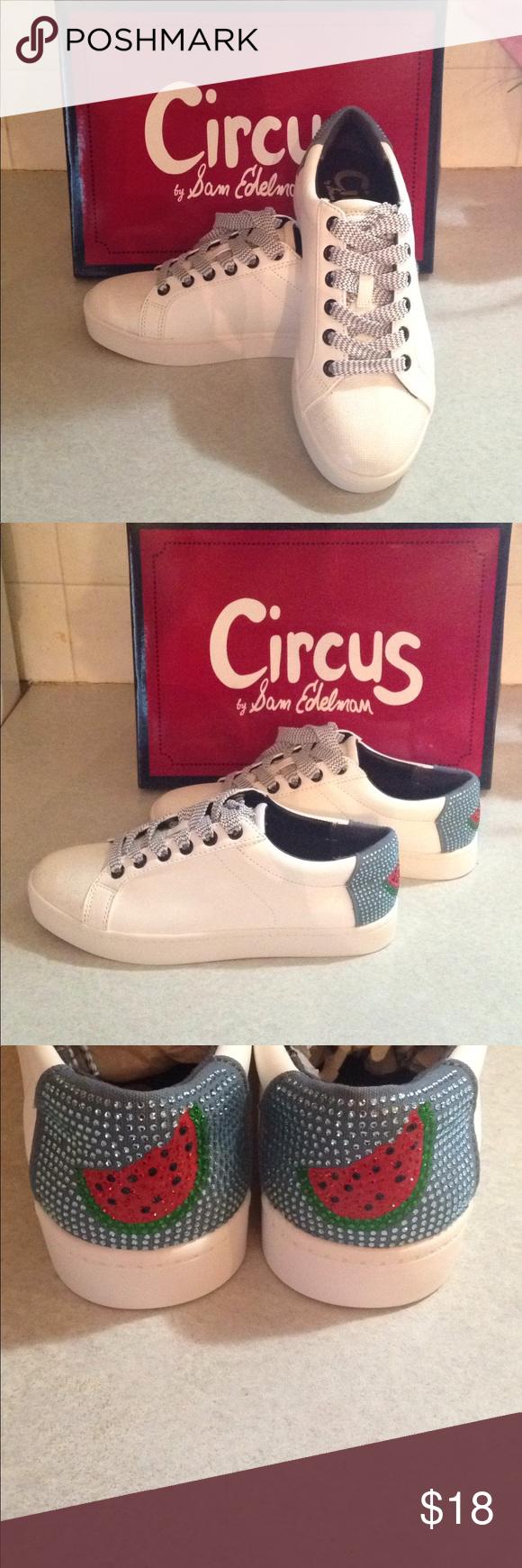 Circus brand tennis shoes   Tennis