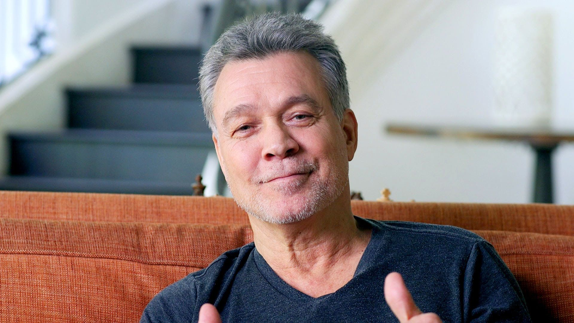 Eddie Van Halen On How He Switched From Kid Classical Pianist To Shreddi With Images Eddie Van Halen Van Halen Pianist