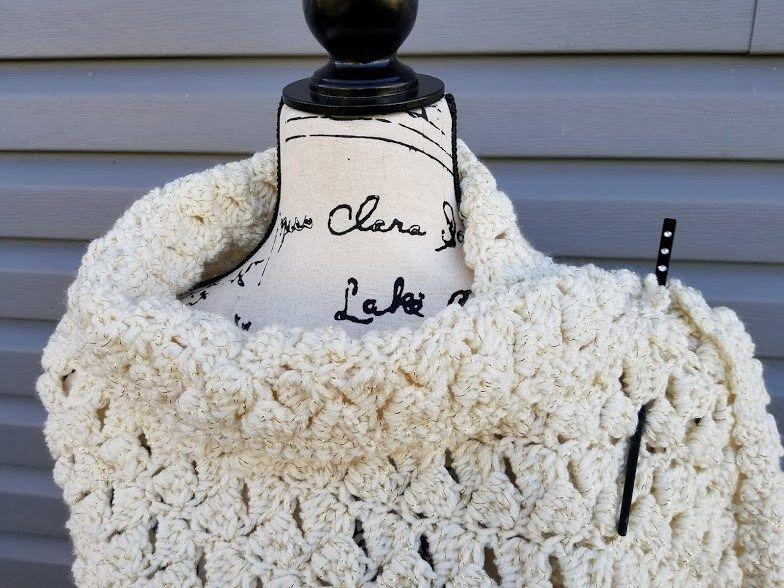 Winter Wishes Wrap | Crochet to wear | Pinterest | Cobija and Bufandas