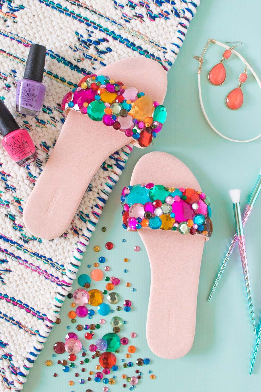 cb4179944d534b DIY Rhinestone Slider Sandals