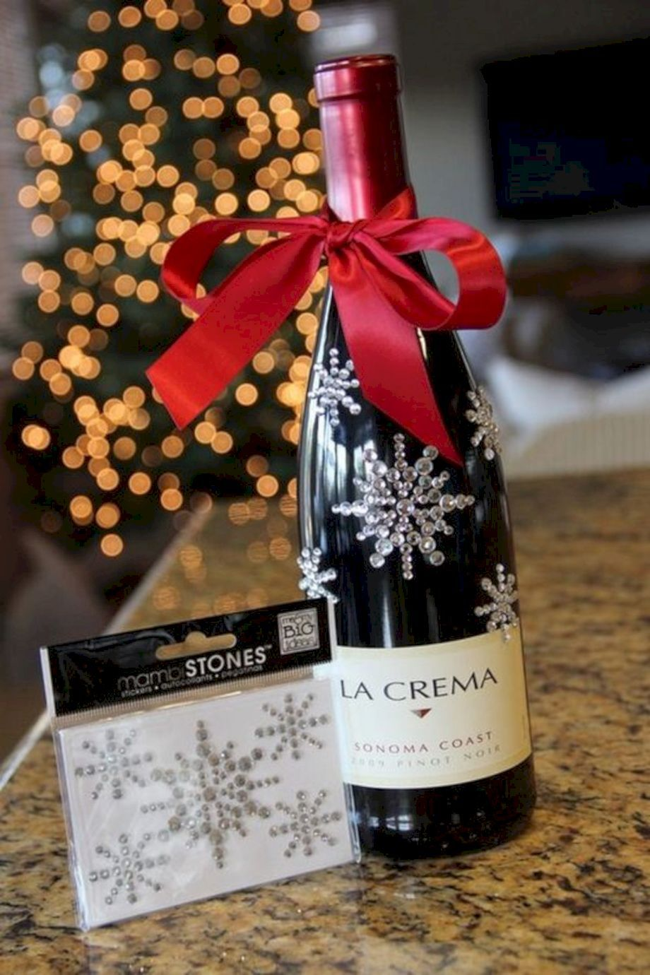 Cool 54 Amazing Diy Wine Gift Baskets Ideas Https About Ruth Com 2017 08 28 54 Amazing Diy Wine Gi Wine Christmas Gifts Wine Gifts Diy Diy Wine Gift Baskets
