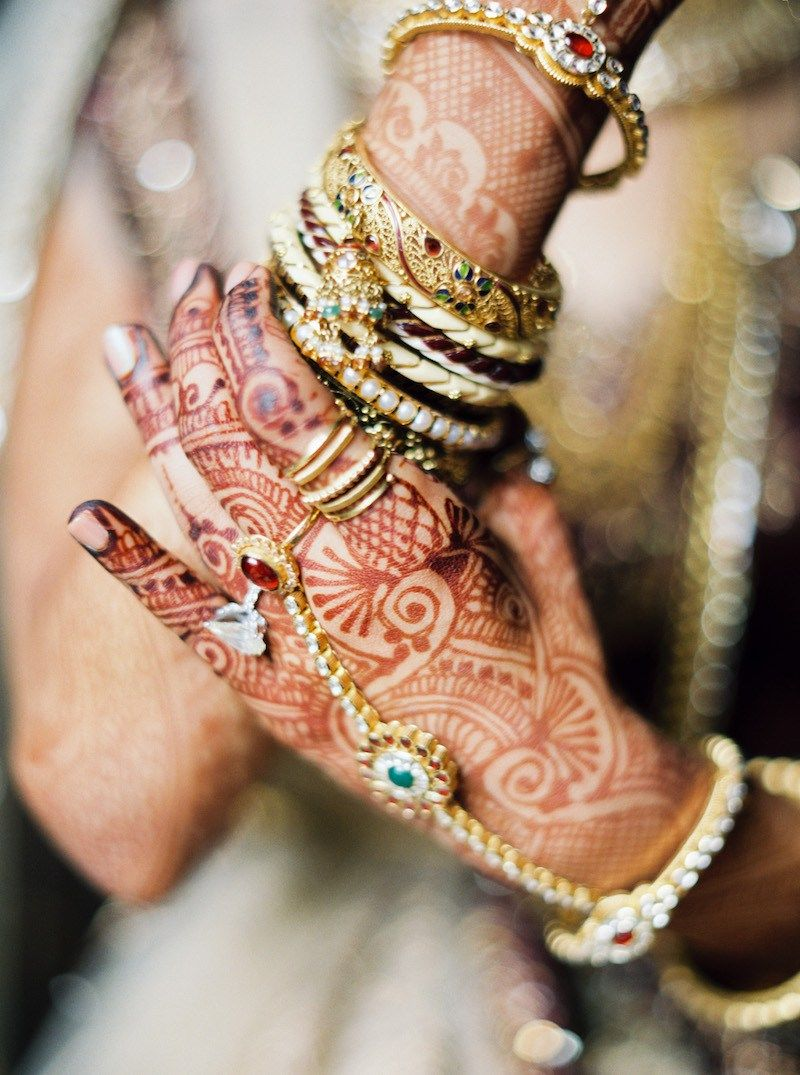 Bridal Bangles + Hand Accessories | Jill + Niraj | Indian Wedding ...
